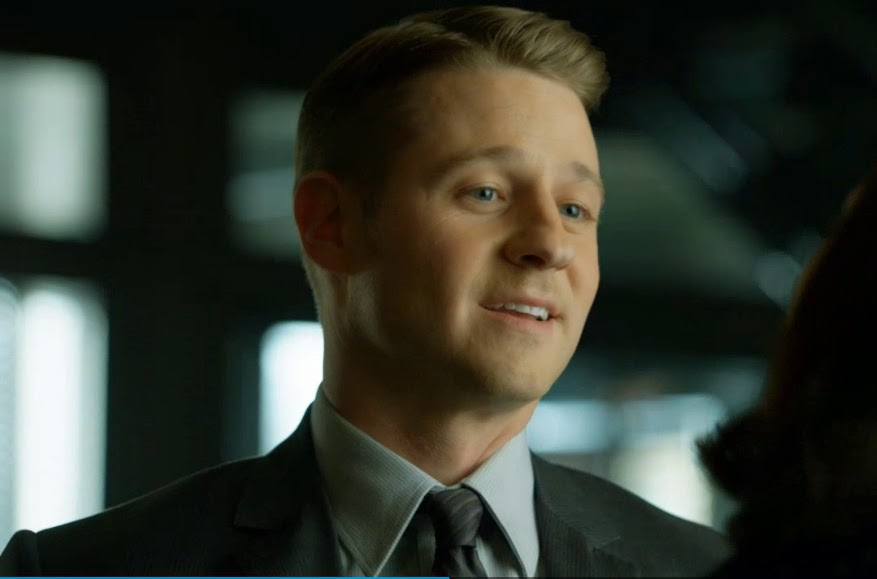 Jim Gordon smile happy Gotham Blind Fortune Teller episode pics screengrabs