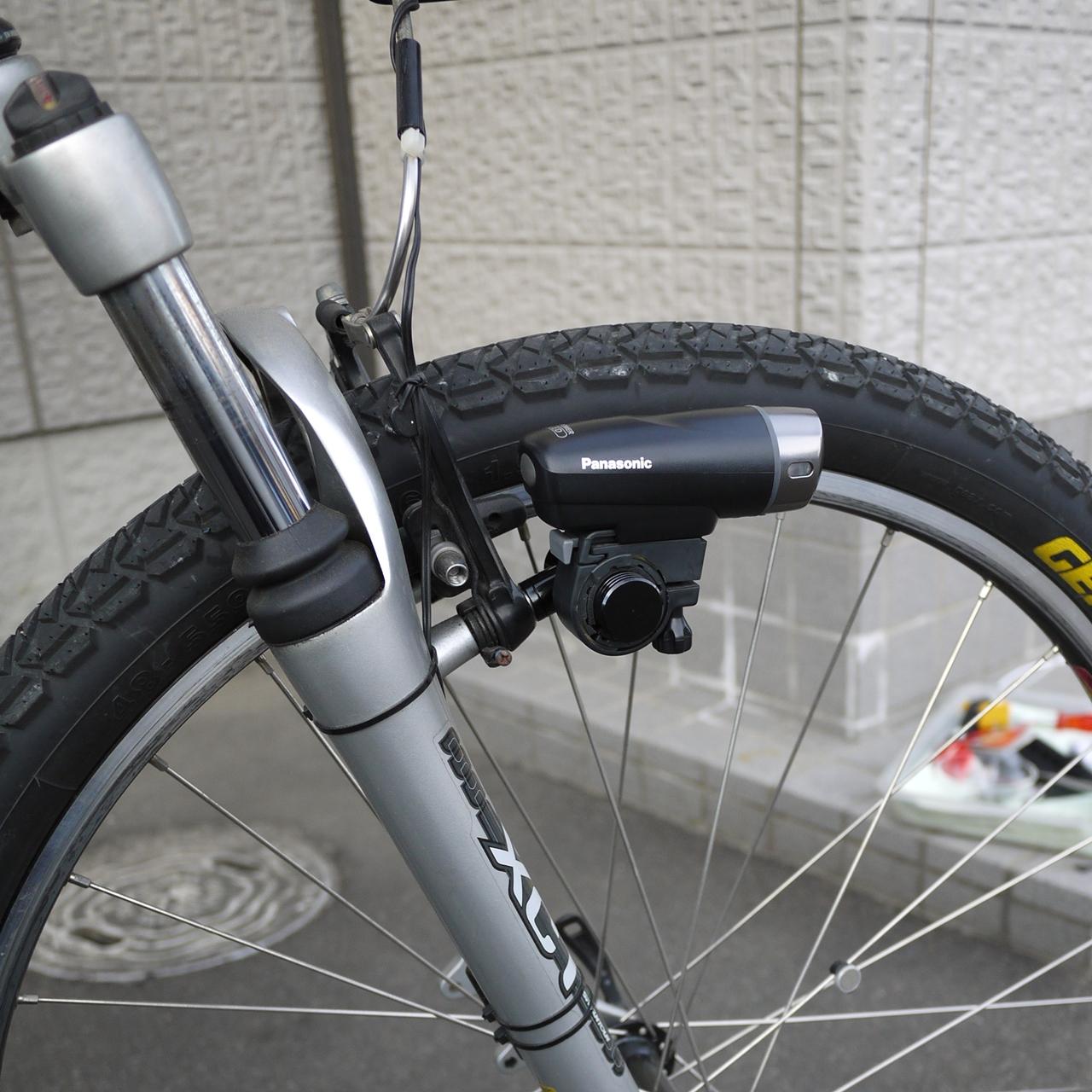 自転車の 自転車のカゴ取り付け : ブレーキ ライトブラケットと ...