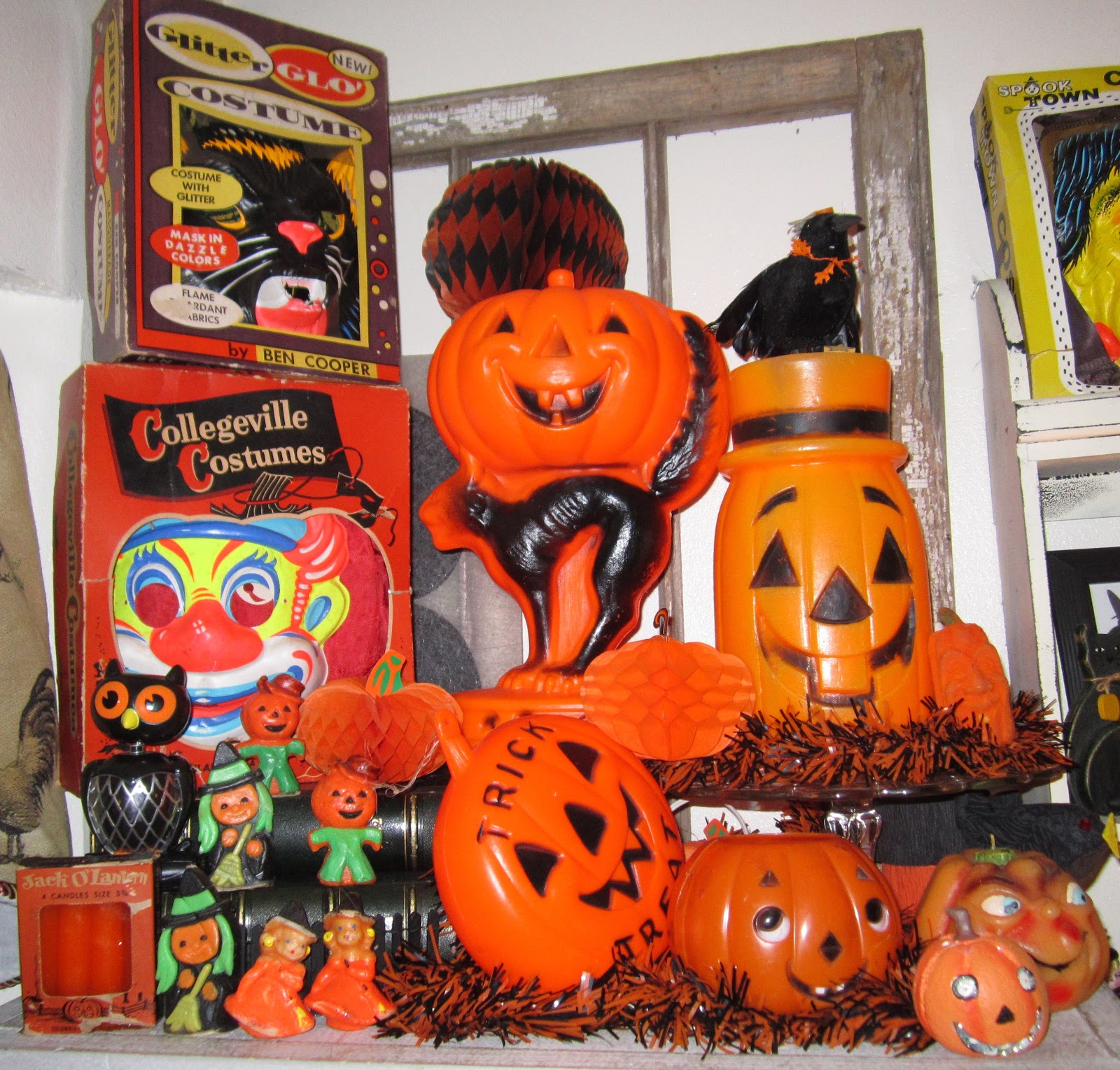 1000 images about vintage halloween on pinterest Vintage halloween decorations uk