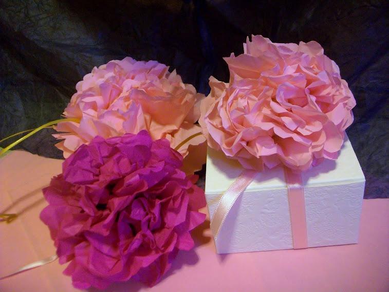 Presiose scatoline decorate con fiori Azalee fatte a mano