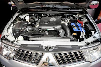 Foto Mesin Mitsubishi Pajero Sport Gen1 Diesel