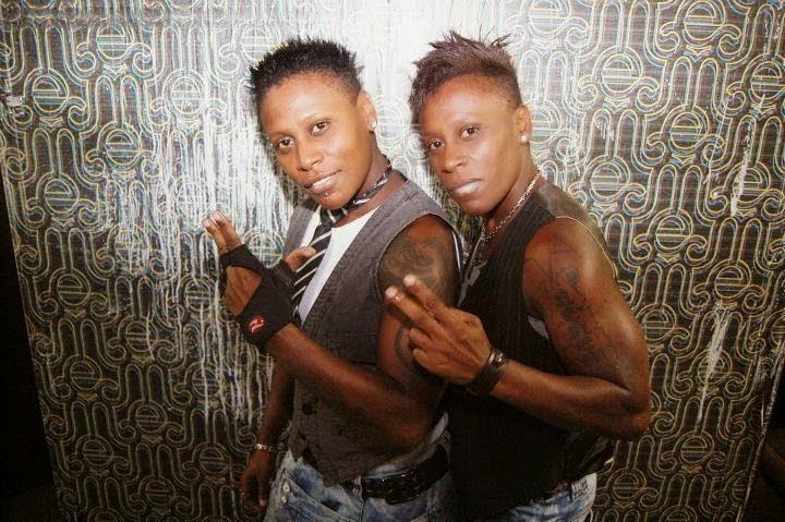 Gays Famosos Assumidos - Pepê e Nenêm