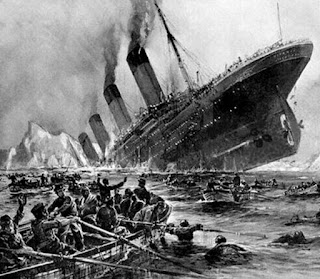 titanic luna culpable hundimiento