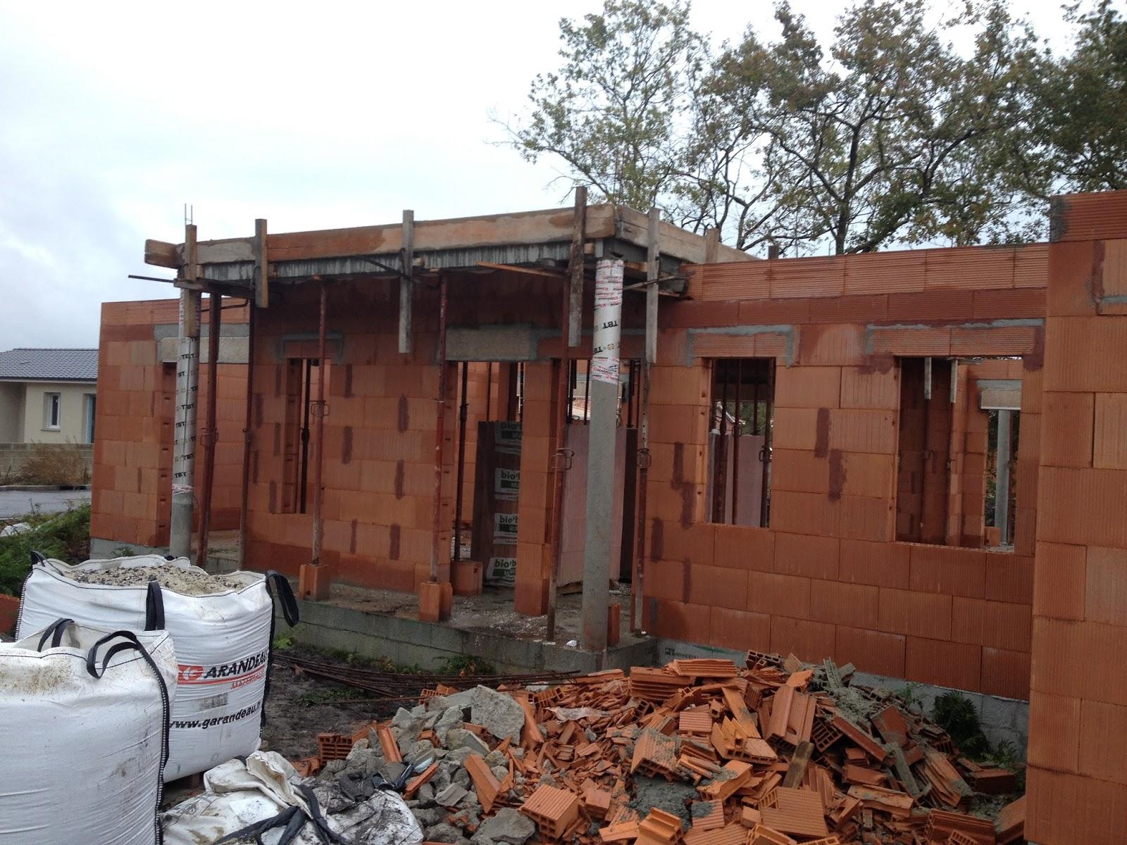 je construis ma maison avec lca littoral habitat 13 11 2015 coffrage et coulage de la dalle. Black Bedroom Furniture Sets. Home Design Ideas