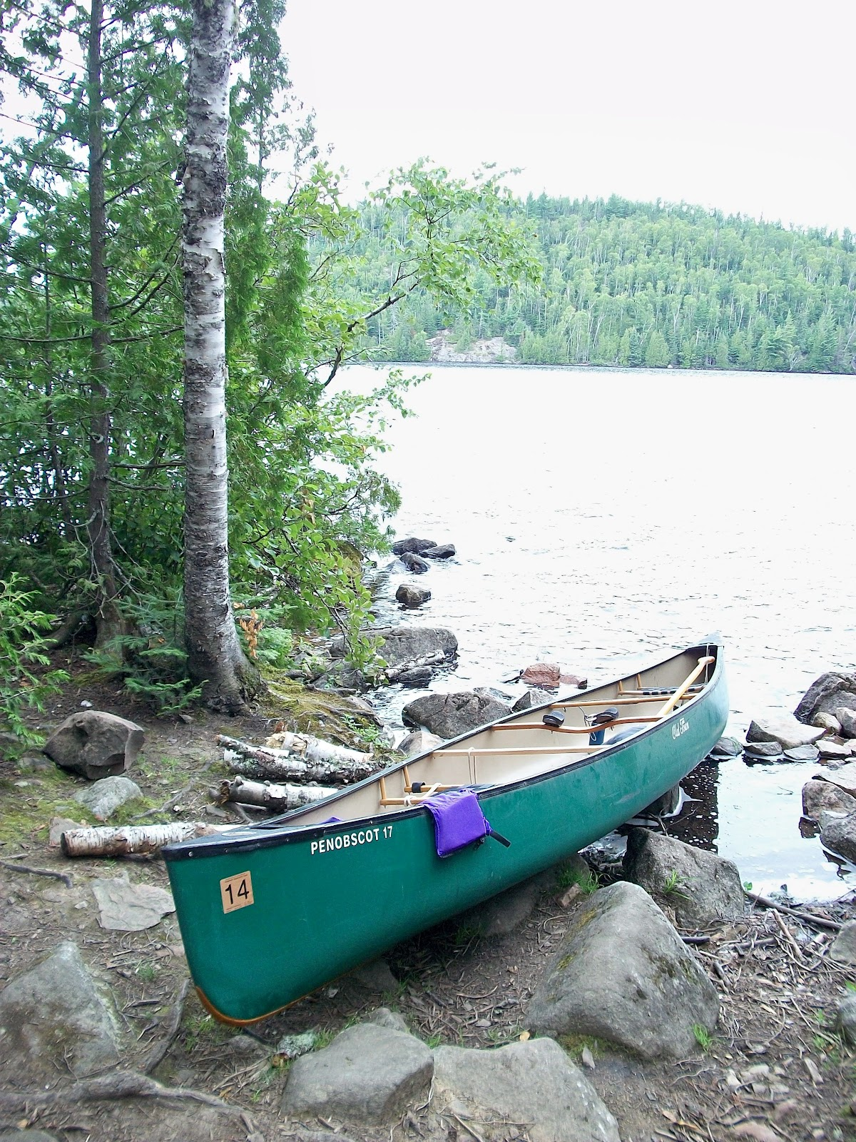 many aspects of the boundary waters canoe area in the united states In the heart of this wilderness lies the united states' boundary waters canoe area wilderness (bwcaw) and ontario's quetico provincial park they join together to form an area of more than two million acres known as the canoe country.