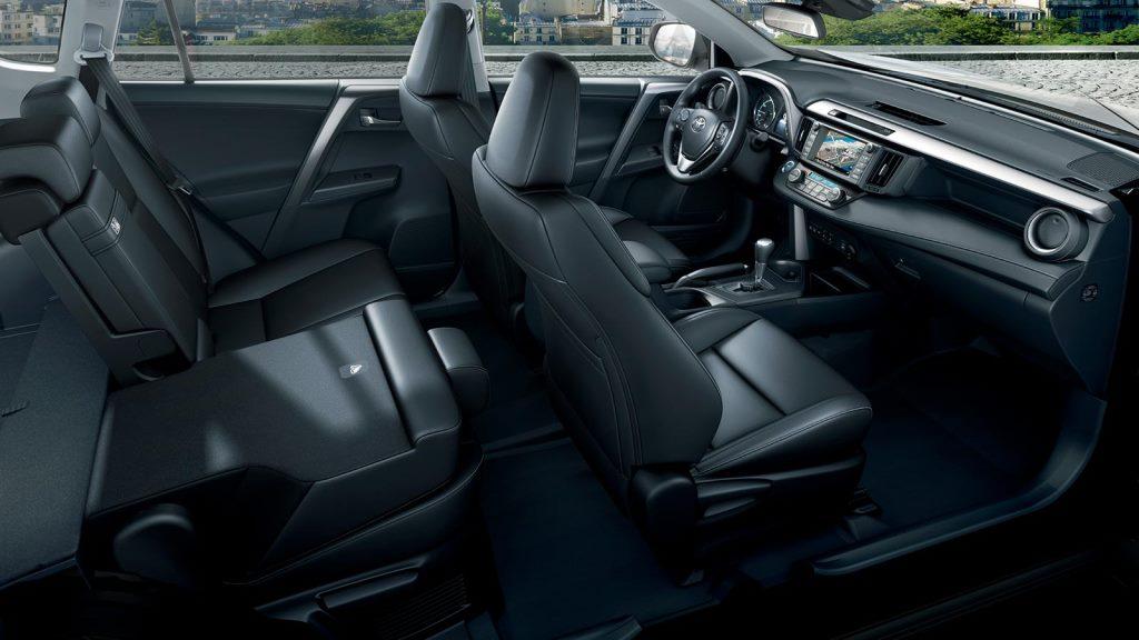 Toyota Rav4 2016 Prezzi Motori Dimensioni Gli Interni