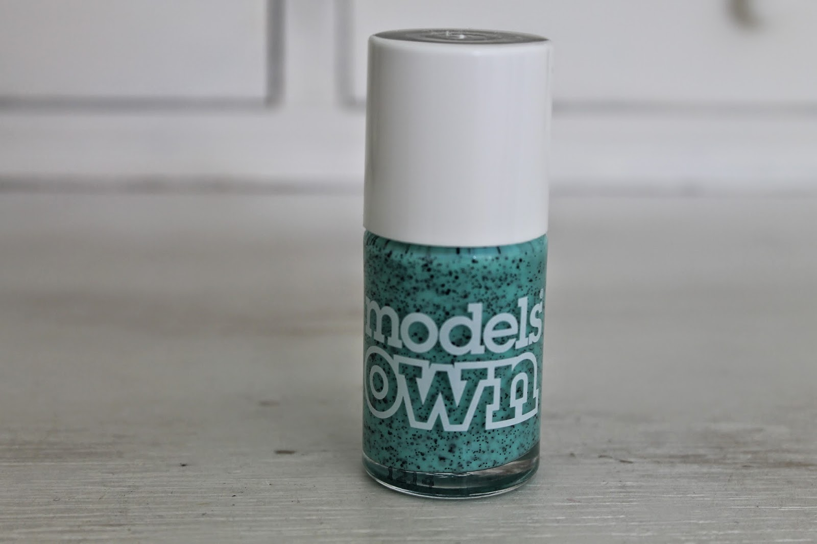 Review Models Own Speckled Egg