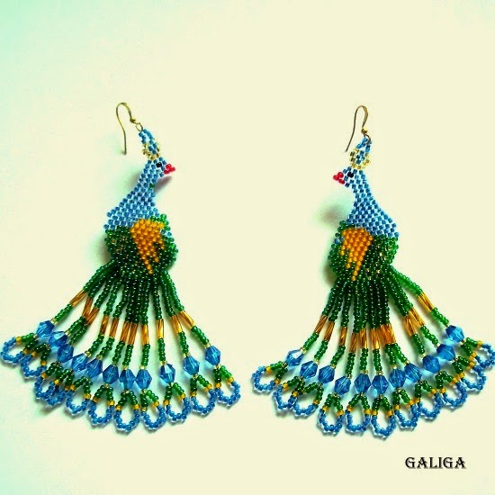 Peacock seed bead earrings-beadwork jewelry-peacock bird earrings