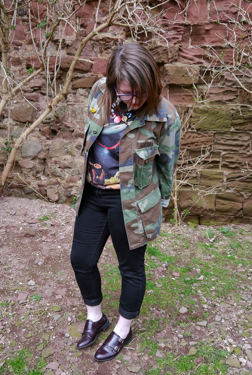 Be Our Guest, Guest Post, Little Sister, Scottish Blogger, Heather Mac, Mac In Your Face, Space Style, Topshop space jumper, Sugar & Vice space necklace, Lunan bay, Red Castle, Scotalnd, outfit post, camoflage jacket