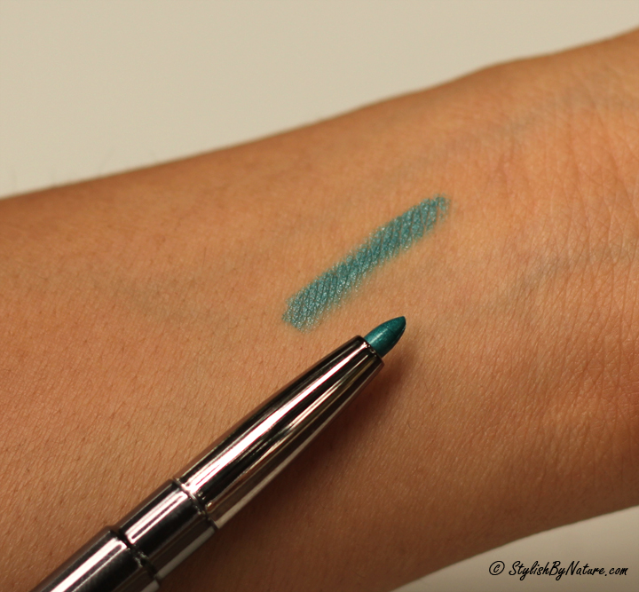 how to make lipstick look matte without powder