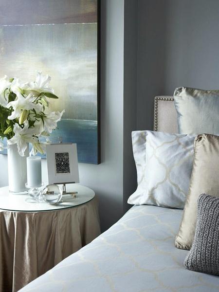 Bedroom decorating ideas duck egg blue bedroom for Duck egg bedroom ideas
