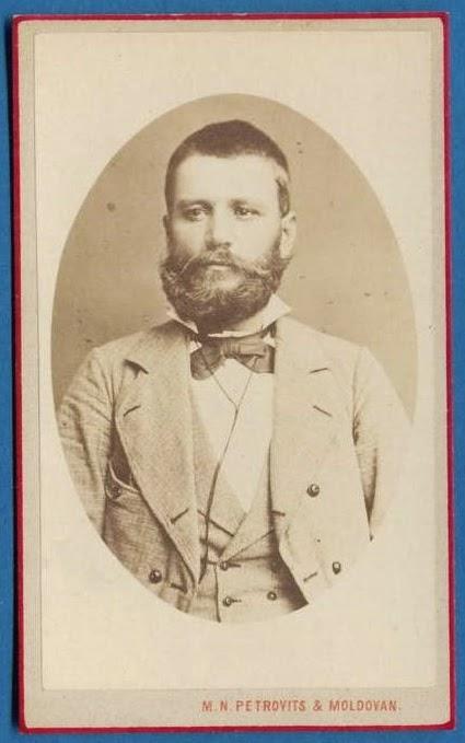 Portret de epoca: Domn cu barba