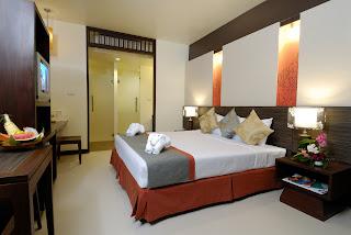 Al's Resort Deluxe Room