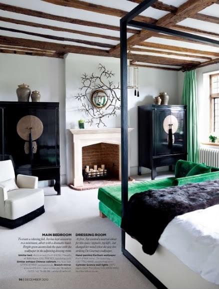 Island of white pantone vert meraude la couleur de l - Vert emeraude couleur ...
