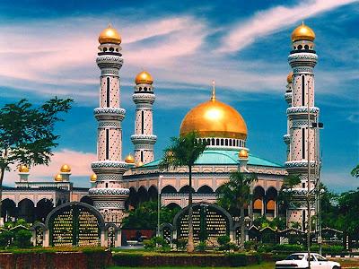 ﻻ تعن الظالمين حتى في بناء المساجد
