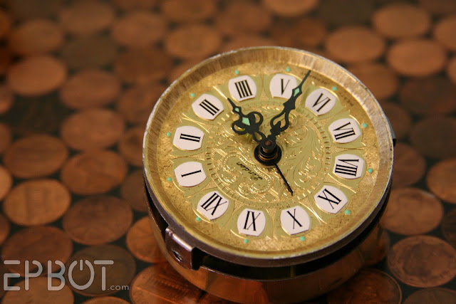 Epbot quick craft small clock makeover for Small clocks for crafts