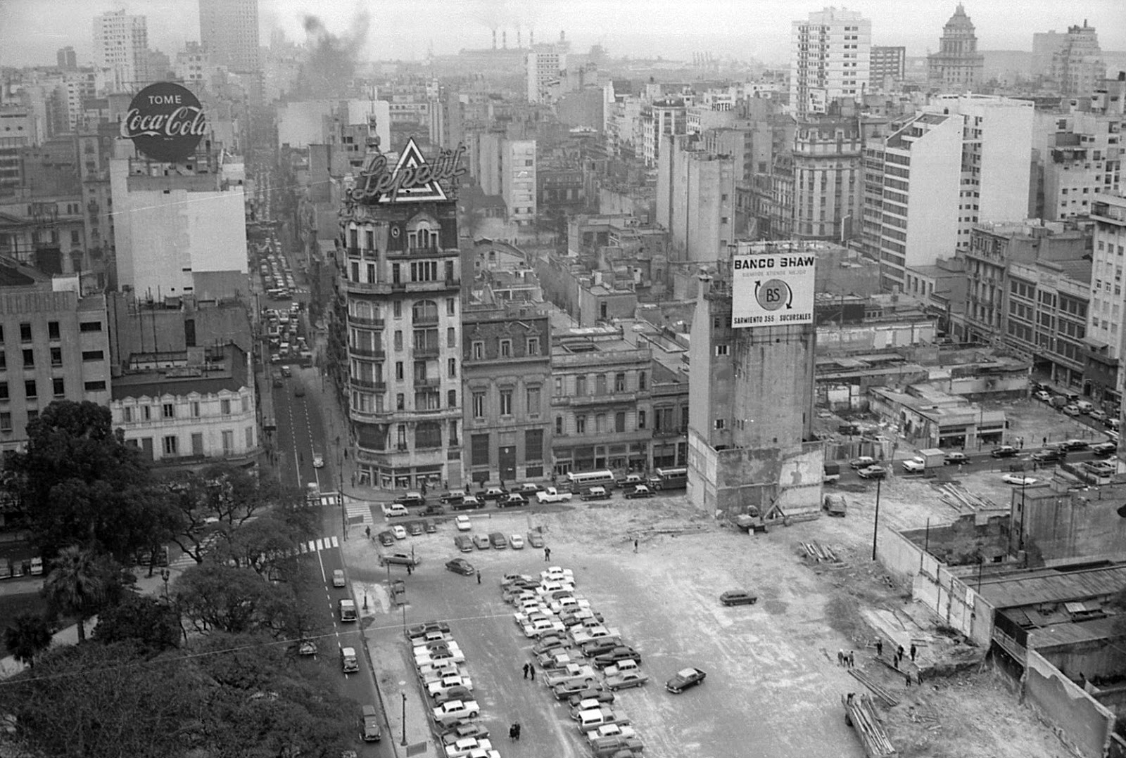 Historia digital enciclopedia fotogr fica october 2013 for Hoteles en marcelo t de alvear buenos aires