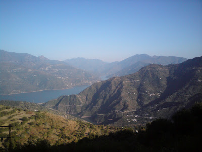 Magnificient views on the way to Uttarkashi from Rishikesh