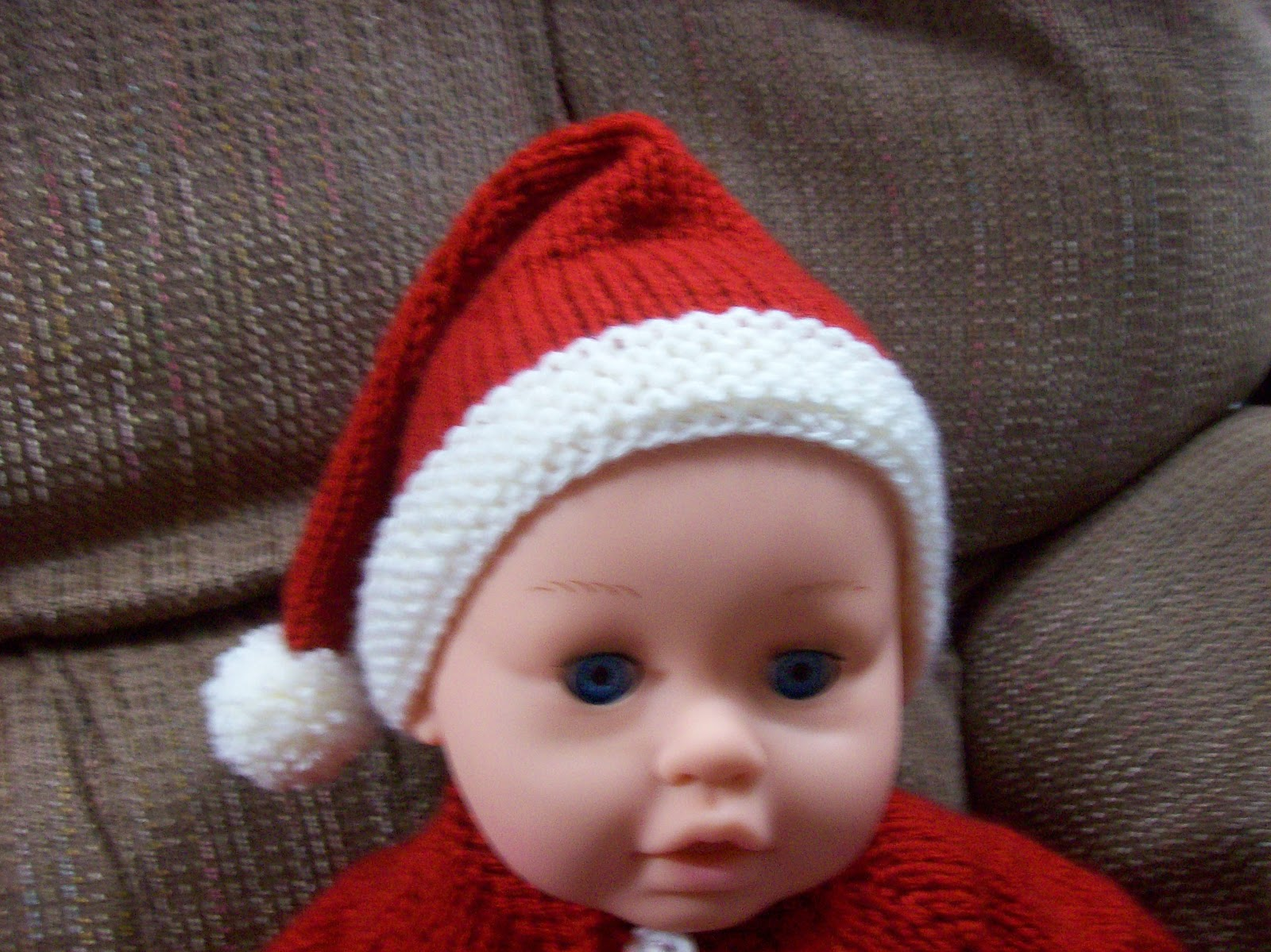 Knitting Pattern Christmas Hat : Nan Knits: SANTA HAT