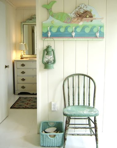 Coastal summer cottage decor by tracey rapisardi for Summer beach house decor