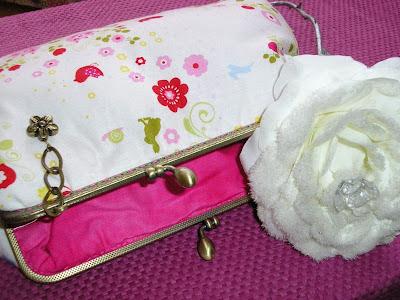 carteira bolsa fecho metal flores primavera