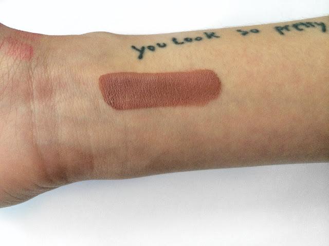 Lexi lazaro kat von d everlasting liquid lipstick bow n arrow