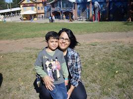Eu e meu filhote no passeio da escola Lápis de Cor, para curtir o dia das mães
