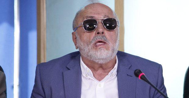 Ο Κουρουμπλής διαψεύδει τα περί φάμπρικας διορισμών συγγενών του στο γραφείο του
