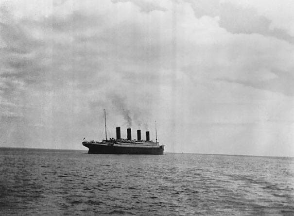 These 15 Incredibly Rare Historical Photos Will Leave You Speechless - The last known photo of the Titanic.