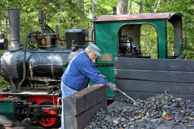 loading up the coal