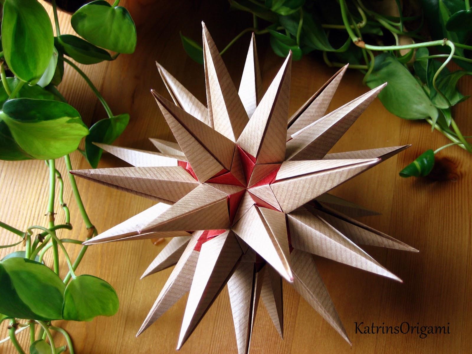 origami die kunst des papierfaltens origami estrellamar kusudama. Black Bedroom Furniture Sets. Home Design Ideas