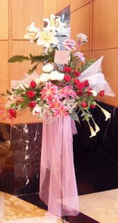 beli bunga standing flowers, kirim bunga standing jakarta, beli bunga jakarta, toko bunga, bunga ucapan pernikahan