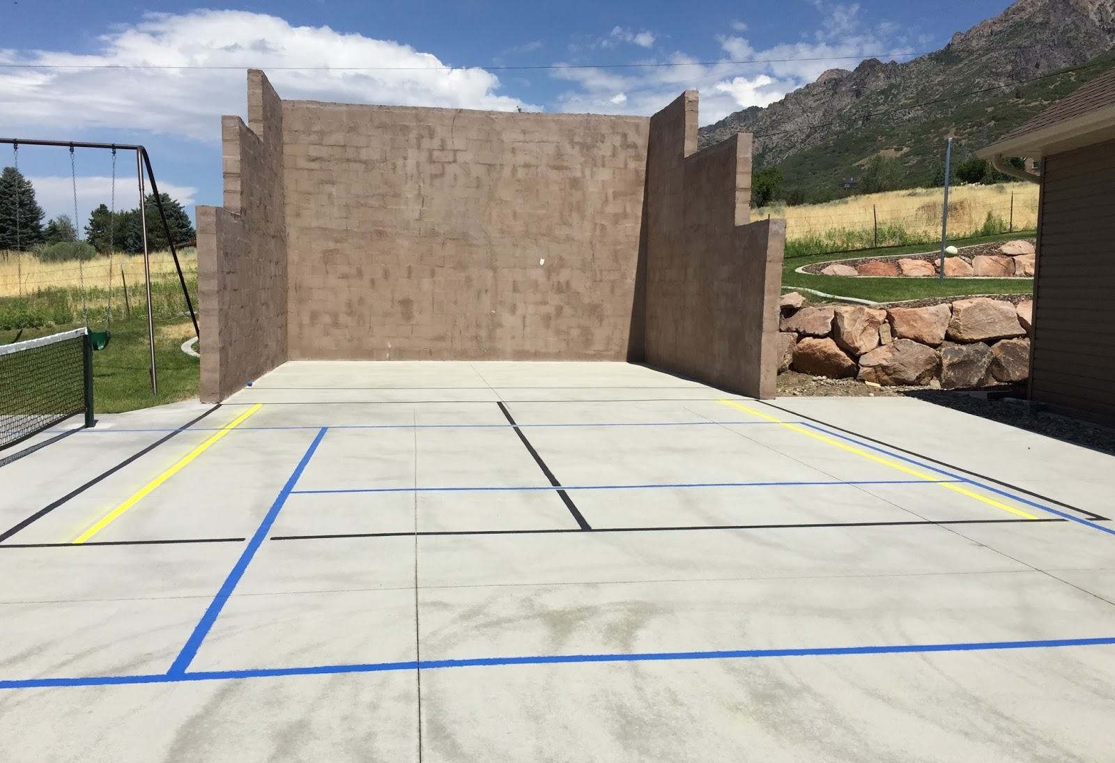 Diy projects building an outdoor racquetball court for Diy sport court