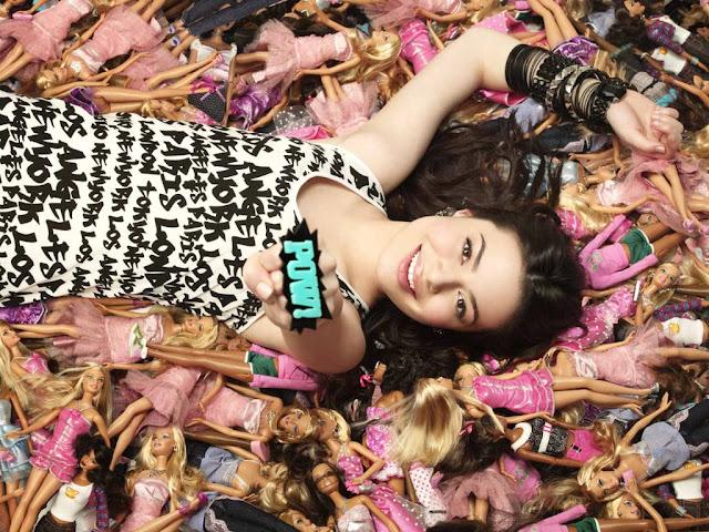 Miranda Cosgrove pics