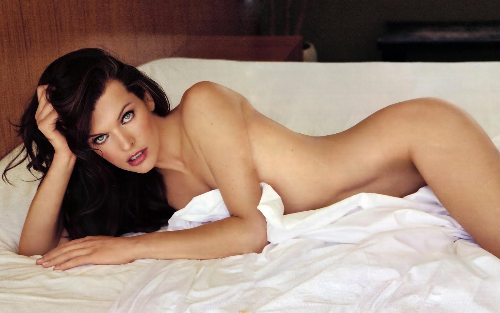Milla Jovovich Weight Kg