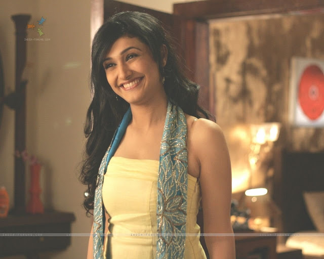 Ragini Khanna's Cute smile