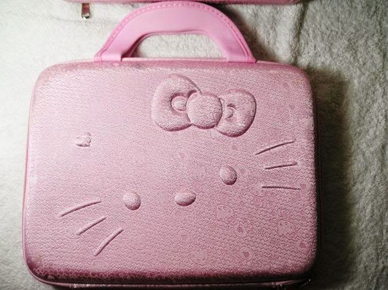 Tas laptop hello kitty warna pink polos