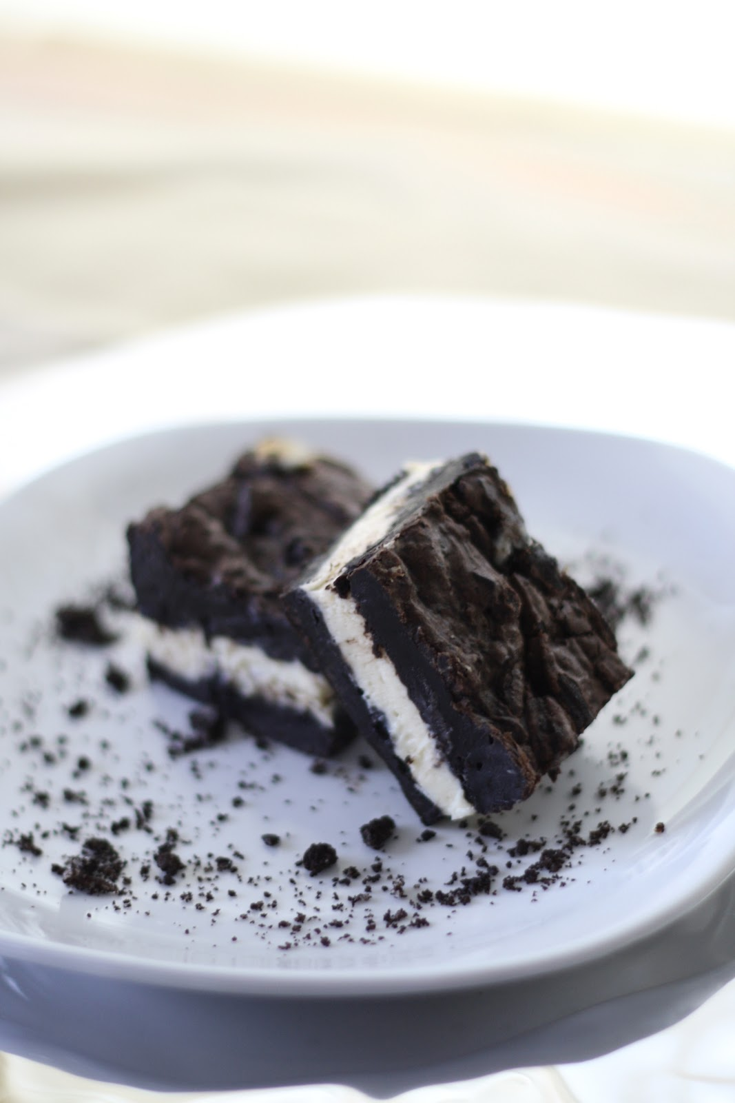 Chocolate Therapy: Oreo Cheesecake Bars