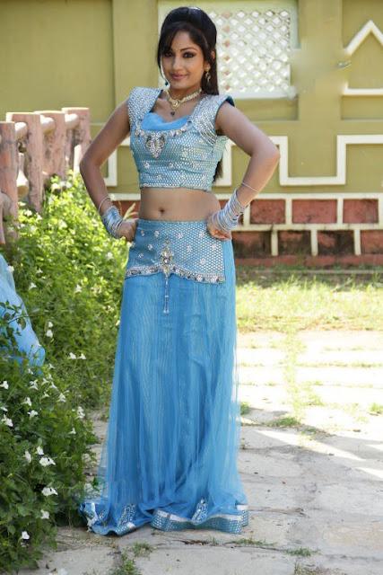 Madhavi Latha Hot Cleavages