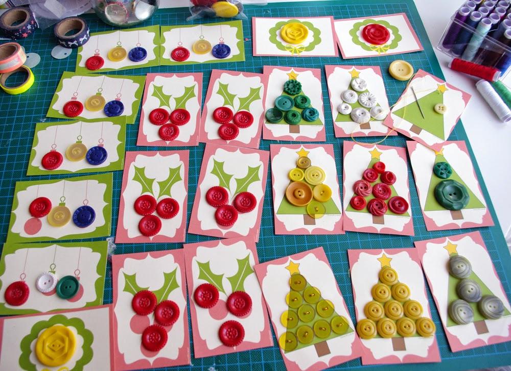 coudre de jolis boutons vintage sur des supports de noël - www.cocoflower.net