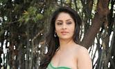 Ankita Sharma Hot photo shoto in Green-thumbnail
