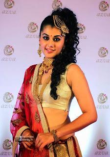 Tapsee-Stills-at-Azva-Jewellery-Launch-in-Trivandrum