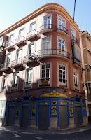 Freiduría Paco José, buenos ejemplos de fachada comercial en paisajes urbanos históricos