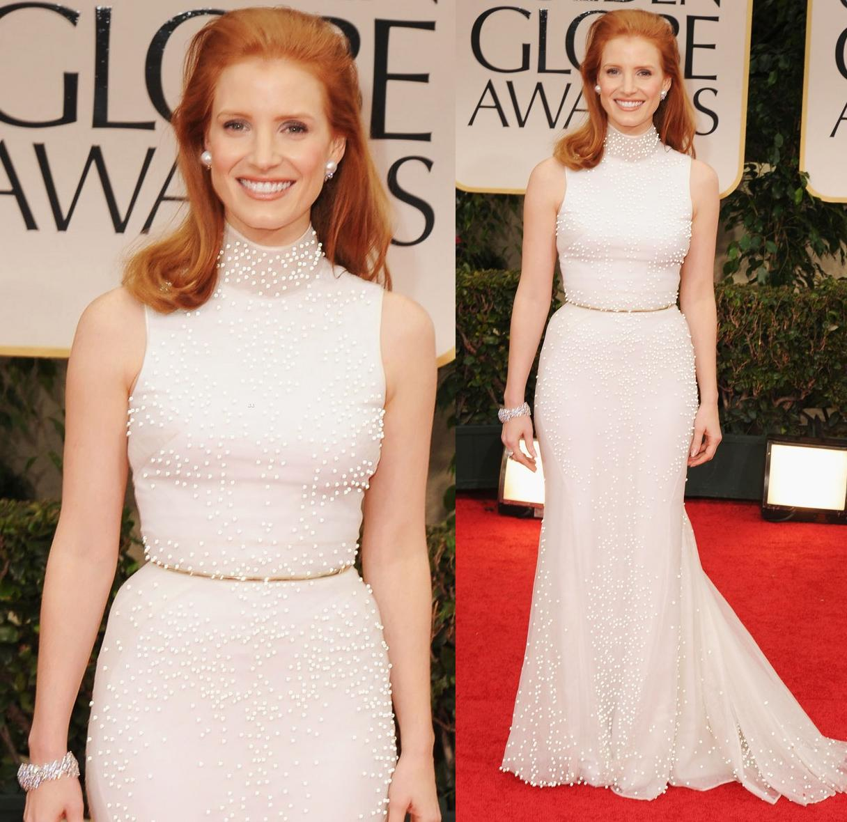 http://1.bp.blogspot.com/-qwZHJtbi6fc/TxSSIl1zb9I/AAAAAAAAEWI/5ulFI4pt9ho/s1600/Jessica+Chastain+In+Givenchy+Fall+2011.jpg