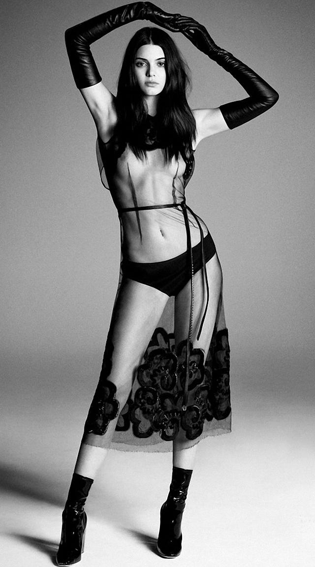 Kendall Jenner en topless