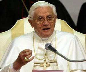 Vaticano critica livro de freira americana sobre sexualidade