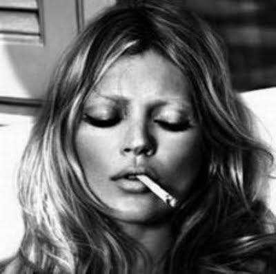 kate moss criticized for smoking 11 Eva Longoria and Kate del
