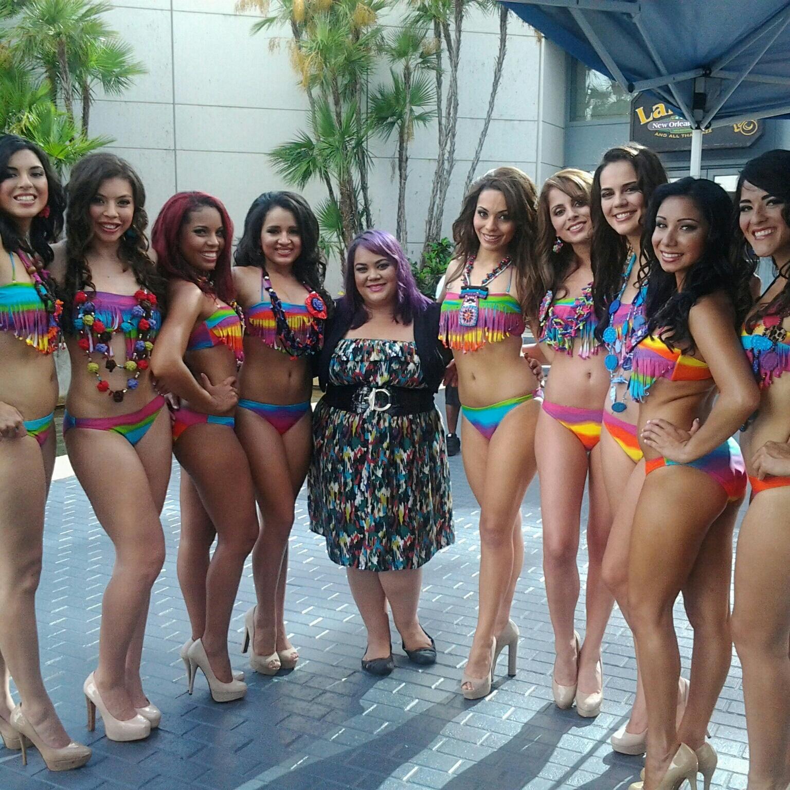 Latina bikini girls group apologise, but