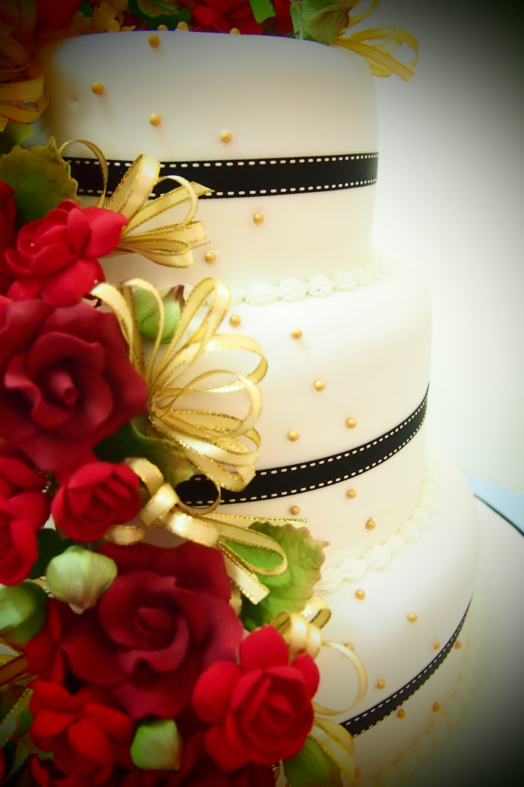 Red Black And Gold Wedding Cakes Viewing Gallery