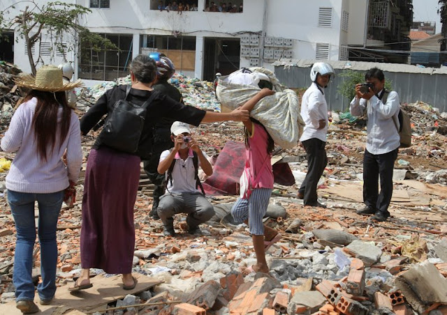 Eviction and protest khmertear khmernews khmer news news khmer